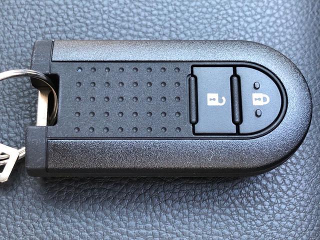 高年式で走行距離100km未満の登録済み(届出済)未使用車も仕入れております、詳しくはスタッフまでお問い合わせ下さい。
