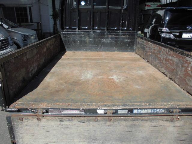 Wキャブ 1.25t 荷台鉄板張り(17枚目)