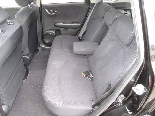 ホンダ フィットハイブリッド ベースグレード キーレス メモリーナビ ABS 1年保証