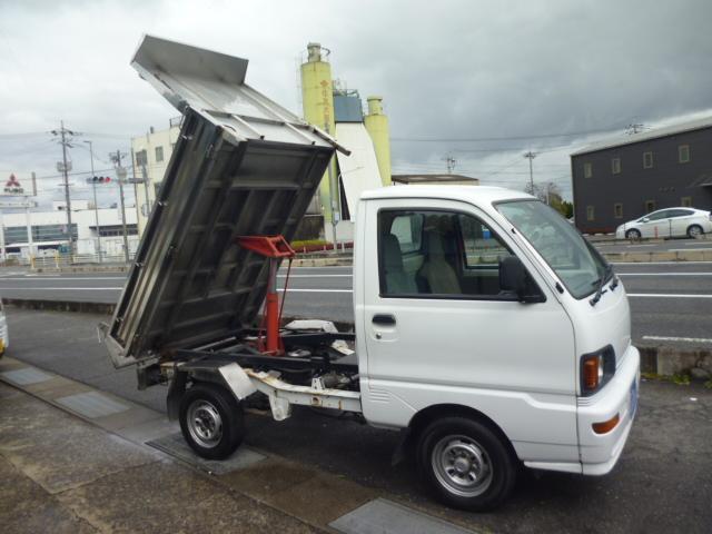 鬼銀ダンプ 4WD 5速マニュアルミッション 車検R2年8月(9枚目)