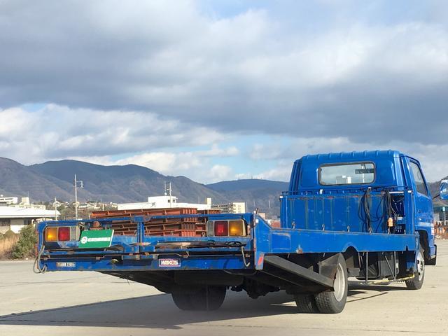 いすゞ エルフトラック 最大積載量2100kg