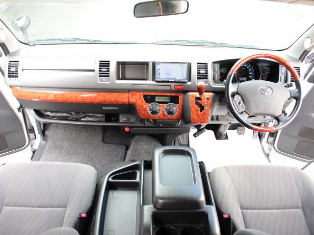 トヨタ ハイエースバン キャンピングカー ノースライフ トラベルスター 4WD FF