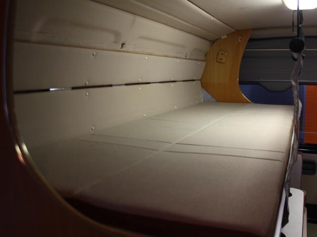 ロータスRV イーライズ 2段ベッド FF 冷蔵庫(10枚目)