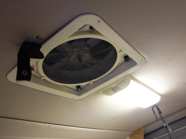 ロータスRV イーライズ 2段ベッド FF 冷蔵庫(11枚目)