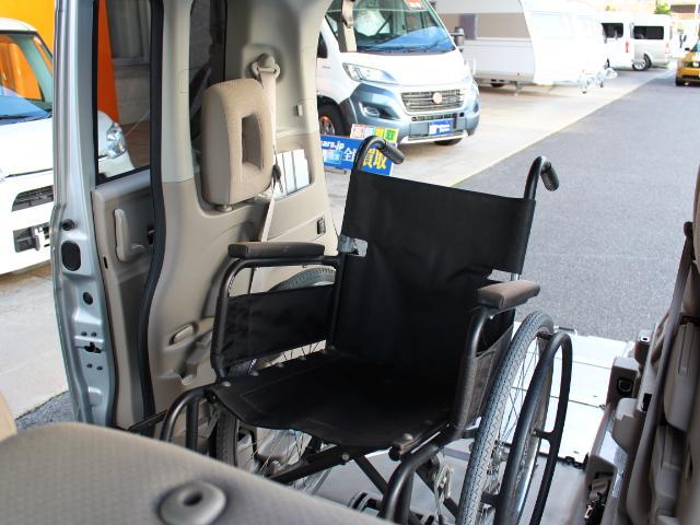 福祉車両 スローパー 車いす一基積み 4人乗車 手動固定(36枚目)