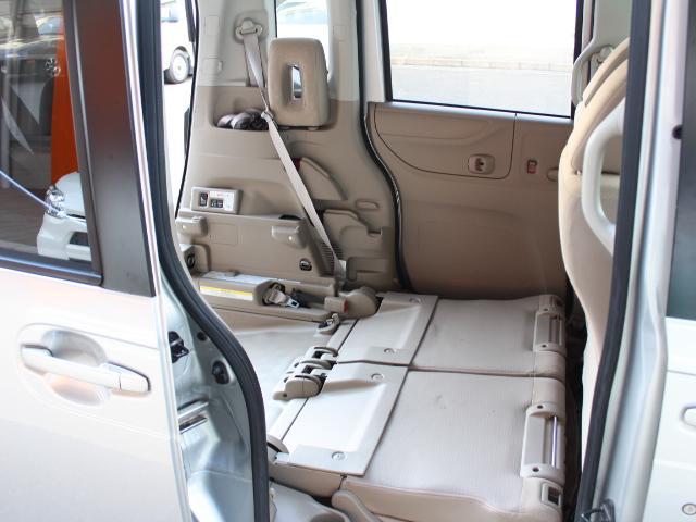 福祉車両 スローパー 車いす一基積み 4人乗車 手動固定(40枚目)