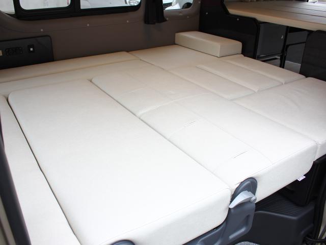 フロアベッド寸法は、縦187×横160センチの広々としたベッドです♪