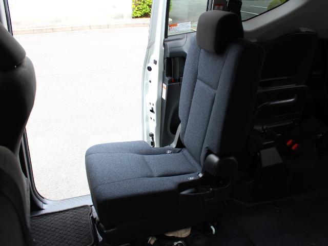 1.5XVパッケージ ウェルキャブ車いす仕様I2ndシート無 福祉車両 ウェルキャブ 折り畳みスロープ 車椅子電動固定装置 車椅子乗車時隣の介助席使用できます トヨタセーフティセンス搭載 衝突軽減ブレーキ オートハイビーム 斜線逸脱防止 ニールダウン装置 4名乗(29枚目)