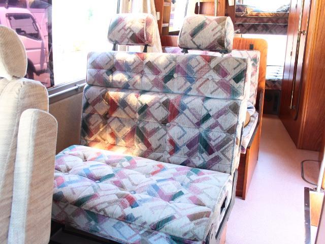 ビークル スーパーグランデ FF 温水ボイラー 2段ベッド(3枚目)