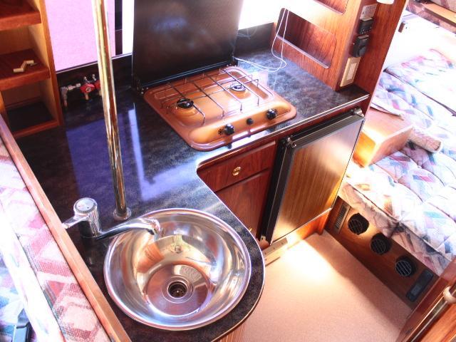 ビークル スーパーグランデ FF 温水ボイラー 2段ベッド(6枚目)