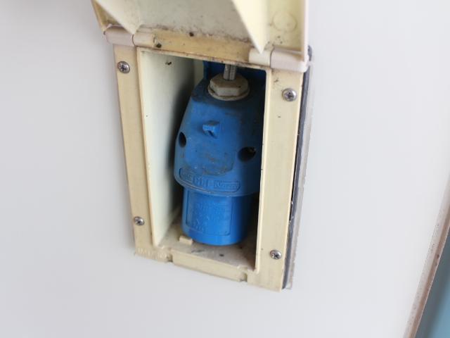 バンテック アトム ウインドウエアコン サイドオーニング 400Wインバーター シングルサブバッテリー コンバーター 走行充電 38L冷蔵庫 22インチ家庭用テレビ ランチョショック メモリーナビ(31枚目)