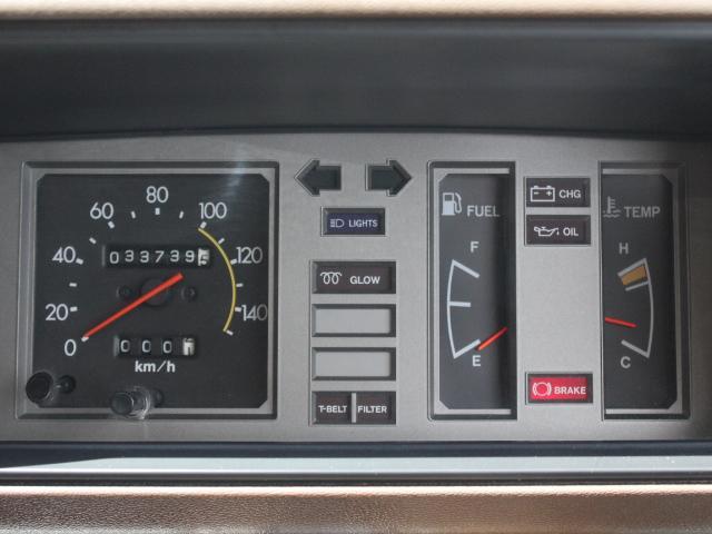 ロングDX 15名乗車 昭和56年式 2ナンバー登録 純正足回り 14インチ純正鉄ホイール 実走行 リアクーラー リアヒーター(27枚目)