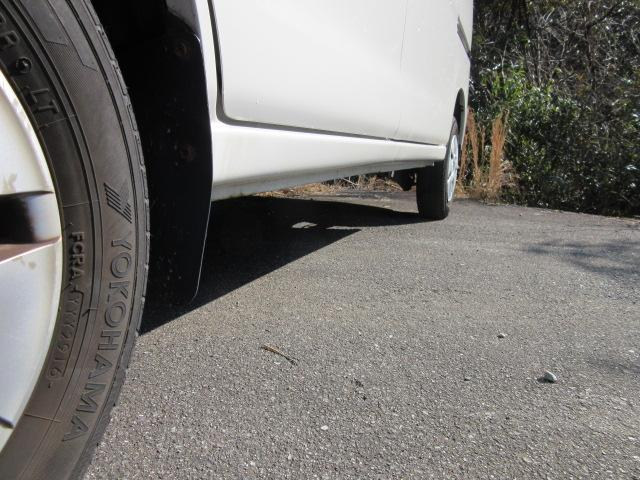 クルーズ パールホワイト キーレス パワーウインドウ 禁煙車 車検整備 新品タイヤ 電動格納ミラー 取説・保証書(16枚目)