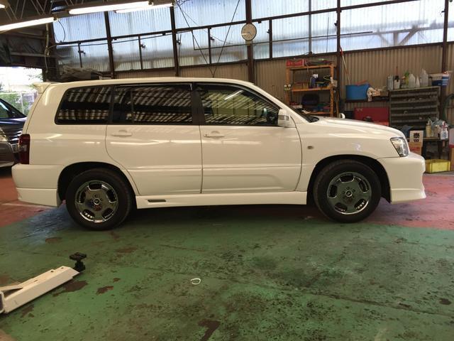 「トヨタ」「クルーガーL」「SUV・クロカン」「岡山県」の中古車4
