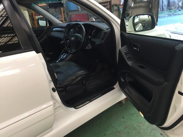 「トヨタ」「クルーガーL」「SUV・クロカン」「岡山県」の中古車21