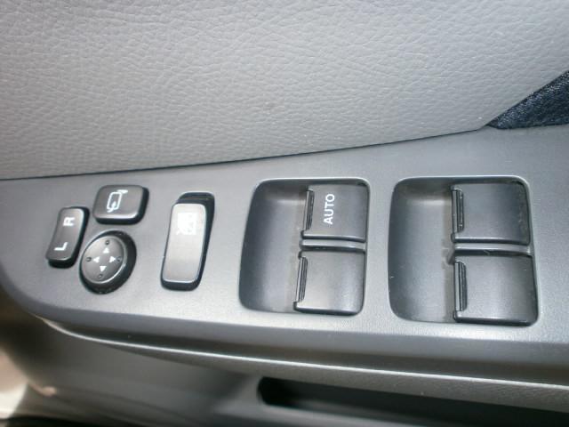 スズキ ワゴンR FX 4WD 5MT シートヒーター