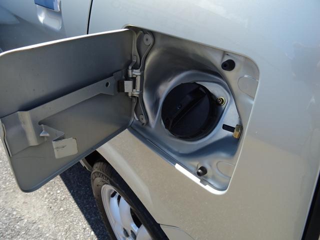"""☆ """"安心"""" """"納得""""の為、全車 オイル エレメント クーラント バッテリー キーレス用電池等の交換をさせていただいてからの納車となります"""