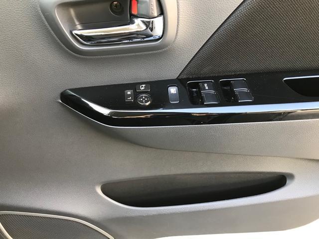 20周年記念車 レーダーブレーキサポート スマートキ- シートヒーター メモリー地デジナビ DVD再生 ETC HID オートライト アイドリングストップ オートエアコン(25枚目)