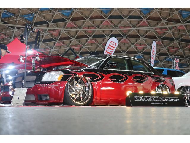 クライスラー クライスラー 300C SRT8  24AW エアサス マグナムSRTマスク