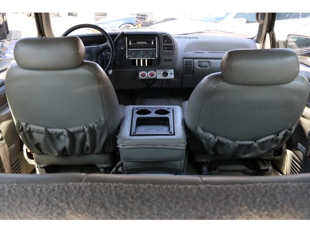 「シボレー」「シボレー タホスポーツ」「SUV・クロカン」「岡山県」の中古車16