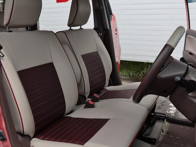 運転席・助手席ともに足元もゆったりしてますので長距離ドライブも出来ますね!