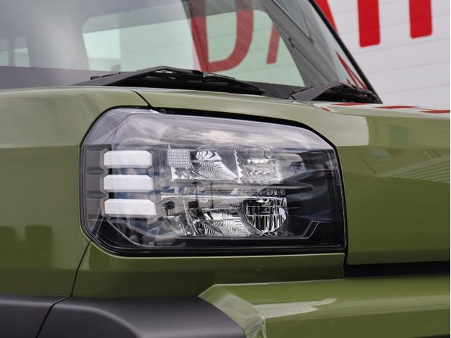 LEDヘッドライト装着車になります、明るいので夜の運転時も安心ですね。