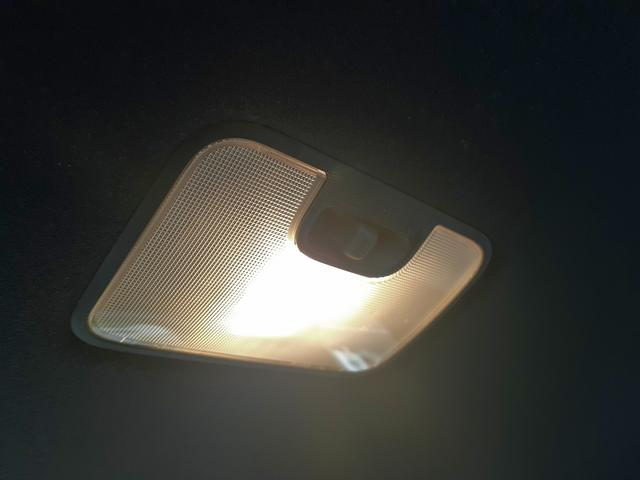 カスタムRS 4WD 次世代スマアシ!レーダークルーズ!LEDオートハイビーム!スマートキーx2!プッシュS!黒半革S!Cセンサー!予約機能付両側電動D!D席ロングスライドS!Sヒーター!走行0.4万Km!車検4年11月迄(33枚目)