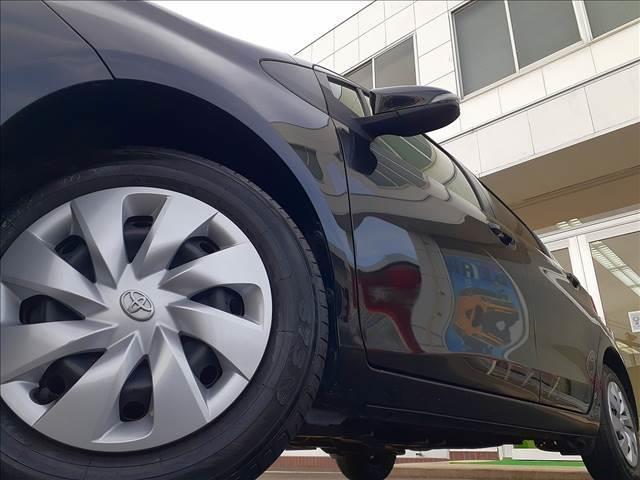 F トヨタセーフティセンス 衝突軽減B 車線逸脱警報 オートハイビーム SD地デジナビ BT接続 ビルトインETC Bカメラ キーレスキー ウィンカーミラー 電格ミラー Pガラス 横滑り防止 純正Fマット(39枚目)