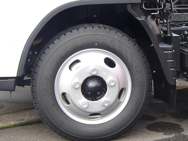 三菱ふそう キャンター ダンプ 3t 登録済未使用車 5MT キーレス