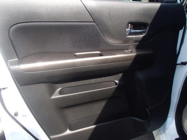 ベースグレード  左側電動ドア メモリーナビ(11枚目)