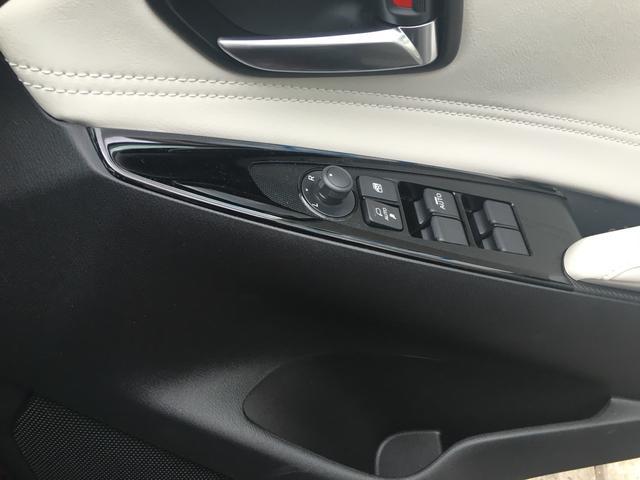XDノーブルクリムゾン 全周囲カメラ スマートキー 4WD(8枚目)