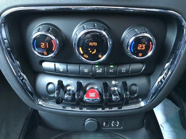 クーパー クラブマン スマートキー バックカメラ ドライブレコーダー オートエアコン 17インチアルミ クリアランスソナー クルーズコントロール(11枚目)
