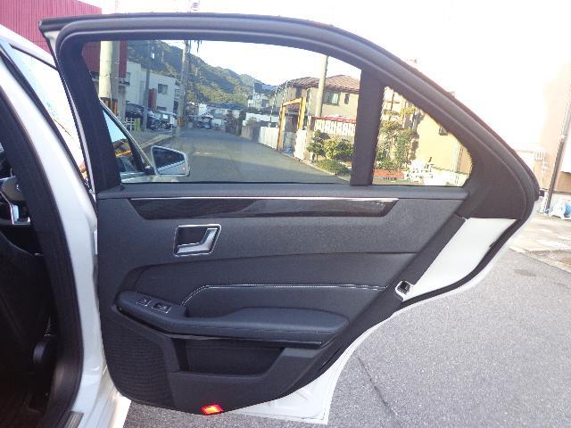 メルセデス・ベンツ M・ベンツ E350 ブルーテッククリーンディーゼル本革パノラマミック