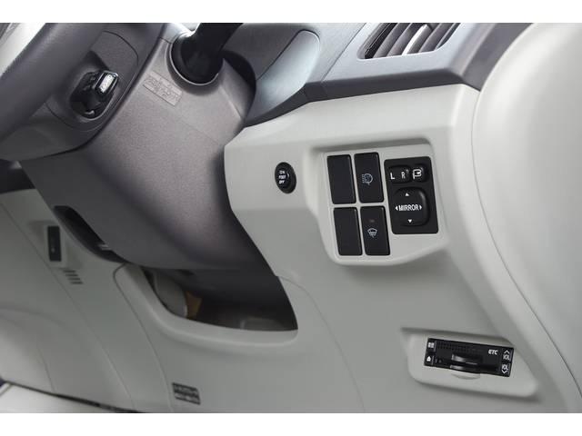 ■ オプション装備の 『レーダークルーズコンントロール』 『ビルトインETC』 『インテリジェントパーキングアシスト』 『プリクラッシュシステム』 『電動ヘッドライトクリーナー』他多数搭載です!!