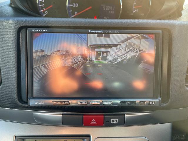 社外ナビ・フルセグ対応・バックモニター付き☆駐車の際、これがあれば運転に自信が無い方も安心です!一度使うと手放せない装備です!