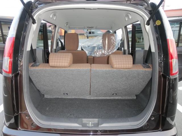 トランクも広く、ベビーカーも余裕で乗りますし、子どもがいても使い勝手がとても良いです。