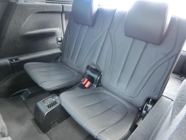 サードシートにも使用感は無く、非常に良い状態です!