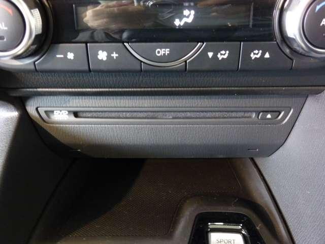 セダン 15S PROACTIVE TVナビ 4WD(4枚目)