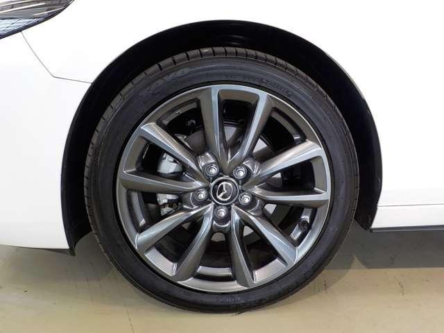 XDバーガンディ セレクション AWD ディーゼル 360°ビューモニター BOSE(6枚目)