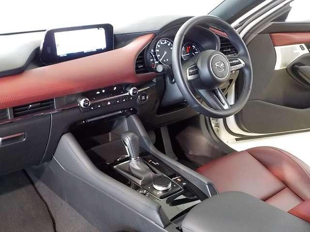 XDバーガンディ セレクション AWD ディーゼル 360°ビューモニター BOSE(8枚目)