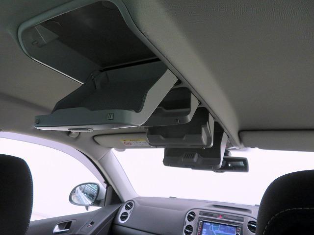 ラウンジ エディション HIDヘッドランプPKG ナビゲーションシステム714SDCW SDナビ フルセグTV バックカメラ ETC フォグライト 純正17inアルミホイール リアコーナーセンサー ウインカードアミラー(30枚目)