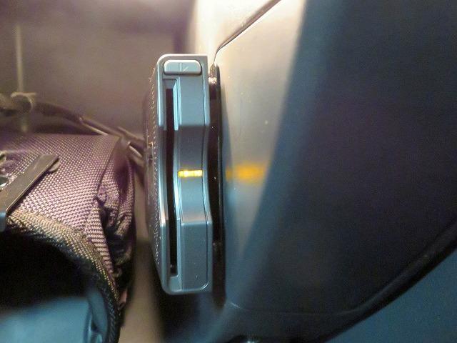 シエロ パノラミックガラスルーフ SDナビ フルセグTV バックカメラ ETC ハッドアップディスプレイ キセノンヘッドライト 純正17inアルミホイール リアコーナーセンサー ルーフレール(32枚目)