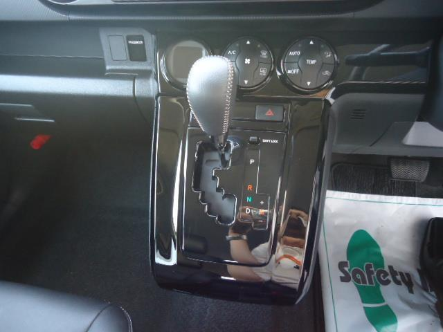 トヨタ カローラルミオン 1.8S onB リミテッド