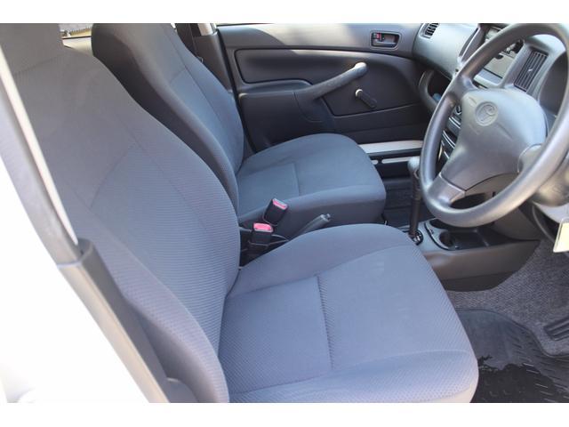トヨタ プロボックスバン DX 4WD オートマ パワステ ラジオ エアコン