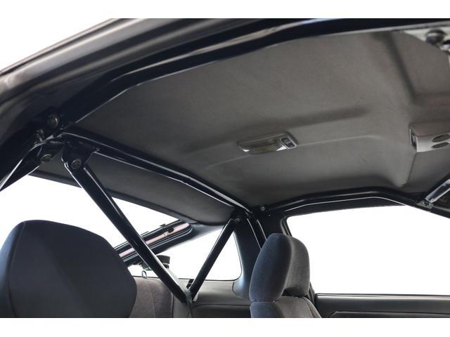 タイプX スーパーハイキャスパッケージ シルエイティ・ロケバニエアロ・ブリスターフェンダー・レイズ18インチアルミ・前置IC・車高調・7点ロールバー・3層ラジエーター・LSD・社外マフラー(8枚目)
