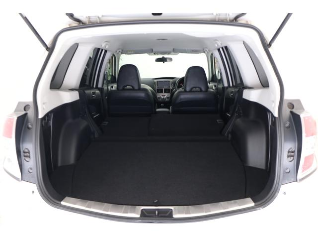 2.0XS ブラックレザーセレクション 4WD ナビ ETC パワーシート シートヒーター オートクルーズ プッシュスタート HID フロントフォグ 17インチアルミ(16枚目)