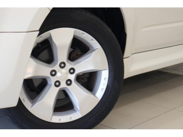 2.0XS ブラックレザーセレクション 4WD ナビ ETC パワーシート シートヒーター オートクルーズ プッシュスタート HID フロントフォグ 17インチアルミ(19枚目)
