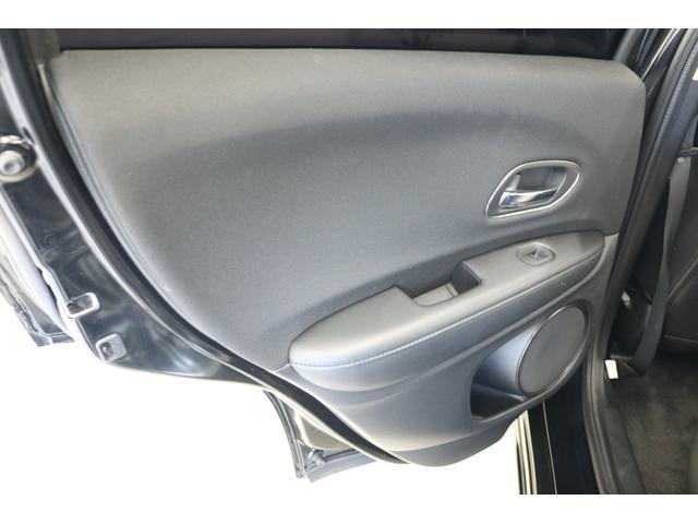ハイブリッドX 車高調 フルエアロ 社外19インチアルミ 社外マフラー 8インチナビ TV フリップダウンモニター バックカメラ(70枚目)