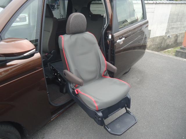 X ウェルキャブ 助手席電動リフトアップシート ワンオーナー(11枚目)