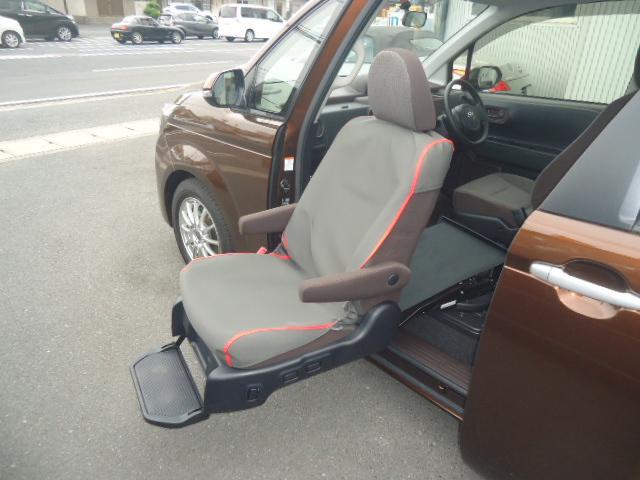 X ウェルキャブ 助手席電動リフトアップシート ワンオーナー(12枚目)